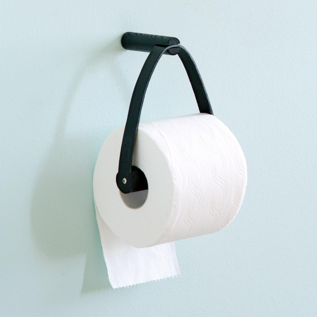 bywirth-ToiletPaperHolder-black-01-r1-1-1-web
