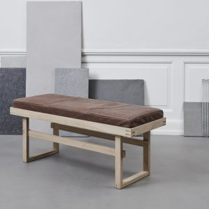 KristinaDam_vertical_bench_2