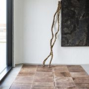 massimo_LEATHER-rug_brown_environment1_LR