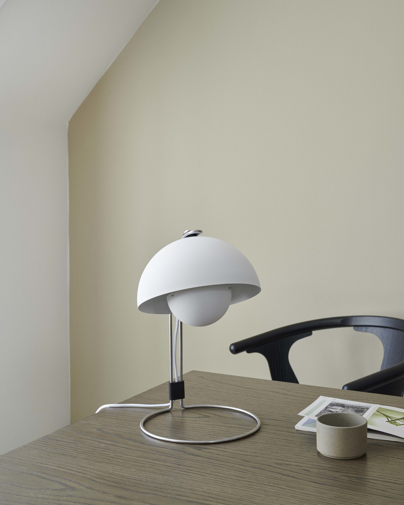 Picture of: Tradition Flowerpot Vp4 By Verner Panton Matte White Bysunde Com