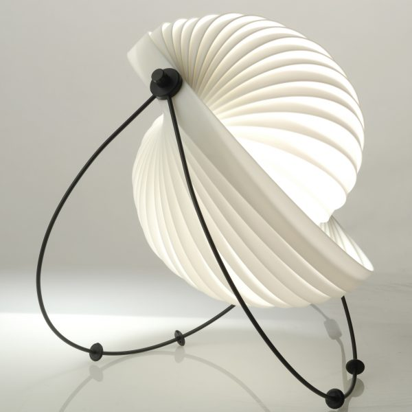 Eclipse-Eclipse_table_lamp-01