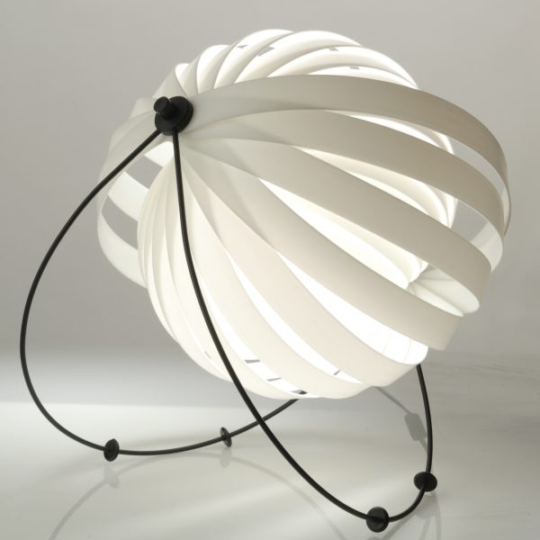 Eclipse-Eclipse_table_lamp-02